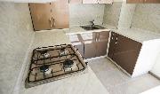 Установка кухноной мебели в отделке под ключ от застройщика.jpg